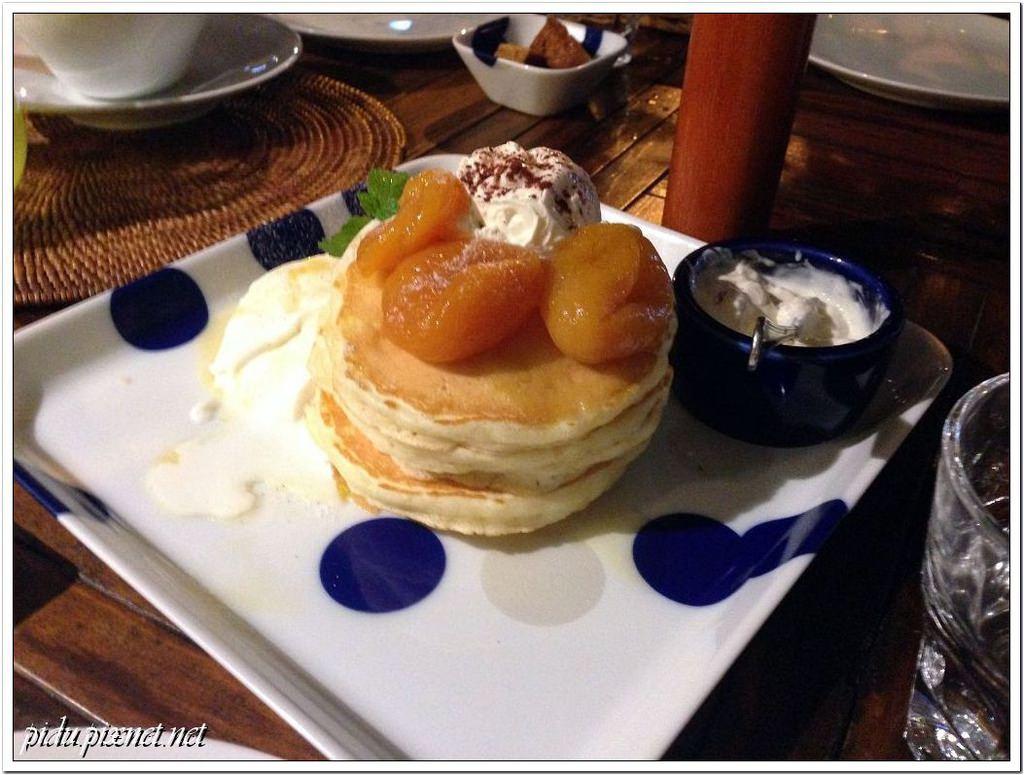 杏桃鬆餅屋 UZNA OMOM